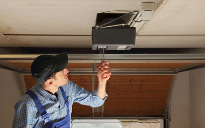 7 simple tips to inspect your garage doors openers - Reasons inspect garage door ...